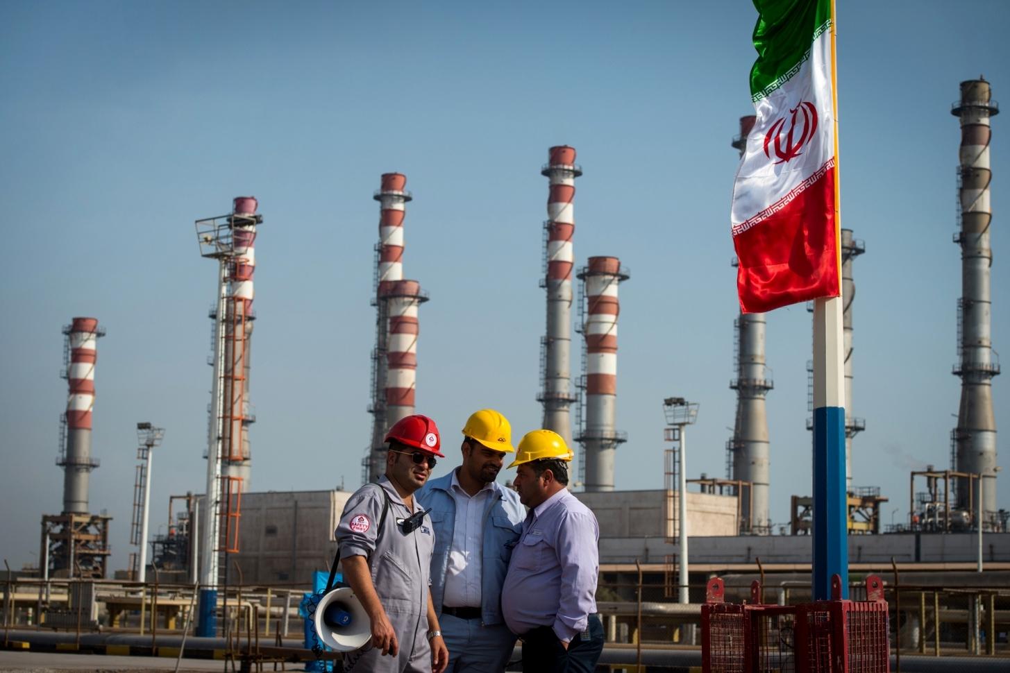 Iran: Tăng trưởng sản lượng dầu không mấy kỳ vọng