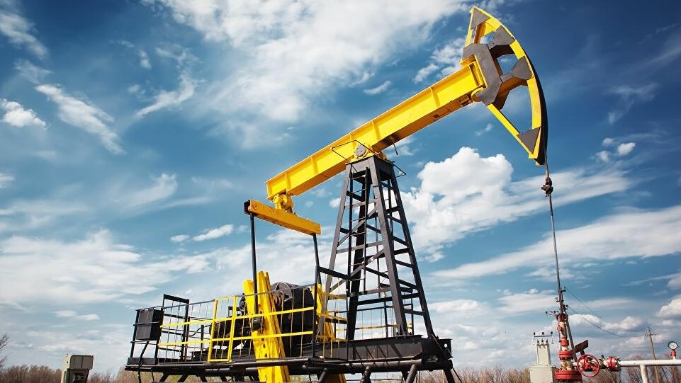 Số lượng giàn khoan thế giới tăng bất chấp dầu trượt giá