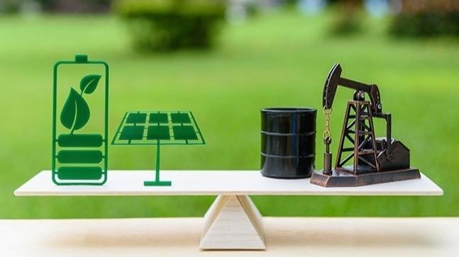 Big Oil: Gồng mình với những mâu thuẫn hiện hữu