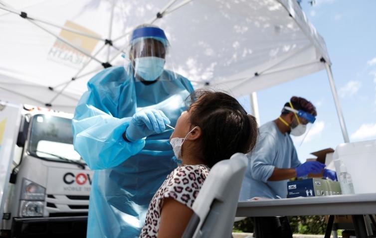 Số ca trẻ em nhiễm Covid-19 tăng theo cấp số nhân
