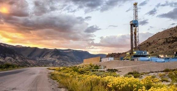 Tương lai về giá dầu vẫn còn là triển vọng