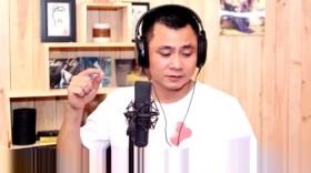 Danh hài Tự Long dạy trẻ em yêu mũ bảo hiểm bằng... Gangnam Style