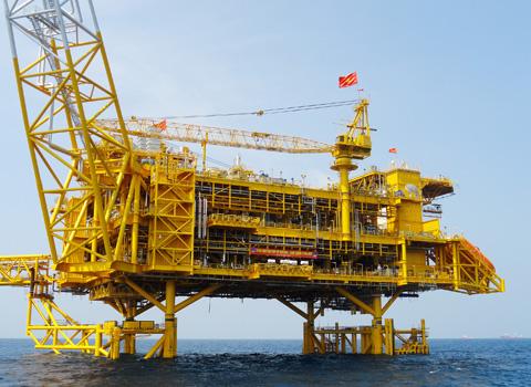Dự án Biển Đông 1 thi công trên biển rất khó khăn, phức tạp do PTSC l� m tổng thầu
