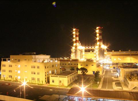 Dự án nhiệt điện Nhơn Trạch 2 do Lilama l� m tổng thầu đã tiết kiệm gần 100 triệu USD so với giá ch� o thầu nước ngo� i.