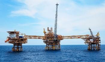 2021 - Thời điểm các công ty dầu mỏ xác định lại chiến lược