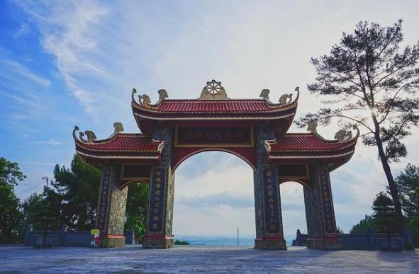 Thiền viện Trúc Lâm Hàm Rồng bình yên bên bờ sông Mã