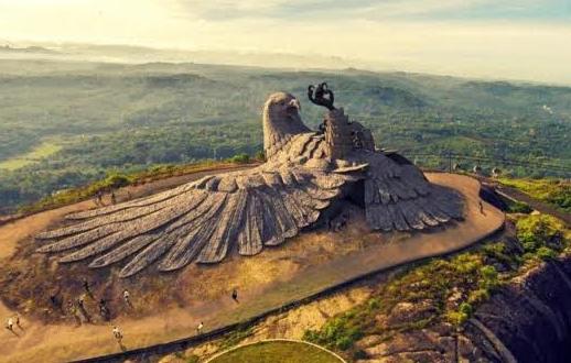 Tham quan tác phẩm điêu khắc chim thần lớn nhất thế giới