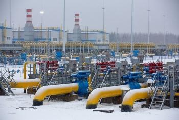 Sản lượng dầu tháng 3 của Nga tăng trong bối cảnh OPEC + nới lỏng dần hạn ngạch