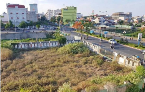 Phú Yên: Khởi tố vụ án gây thiệt hại tài sản nhà nước khi đấu giá 262 lô đất