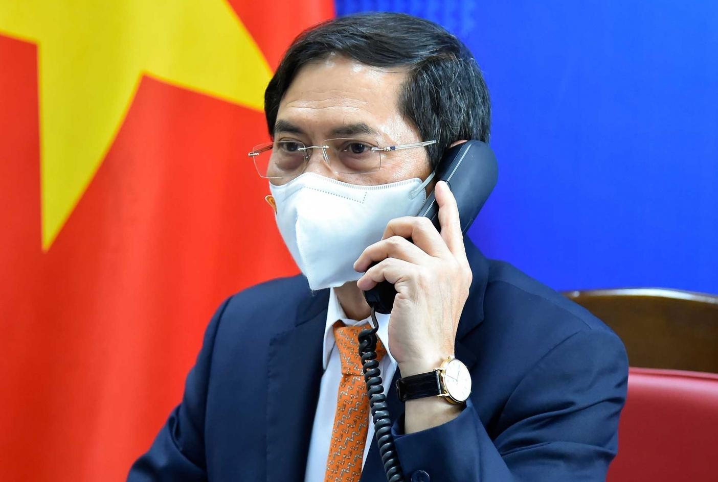 Bộ trưởng Ngoại giao Bùi Thanh Sơn điện đàm với Phó Thủ tướng, Bộ trưởng Ngoại giao Thái Lan