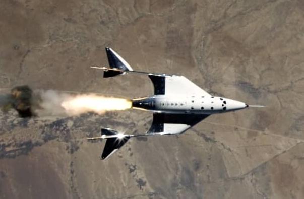 Virgin Galactic thực hiện thành công chuyến bay rìa vũ trụ lần thứ ba