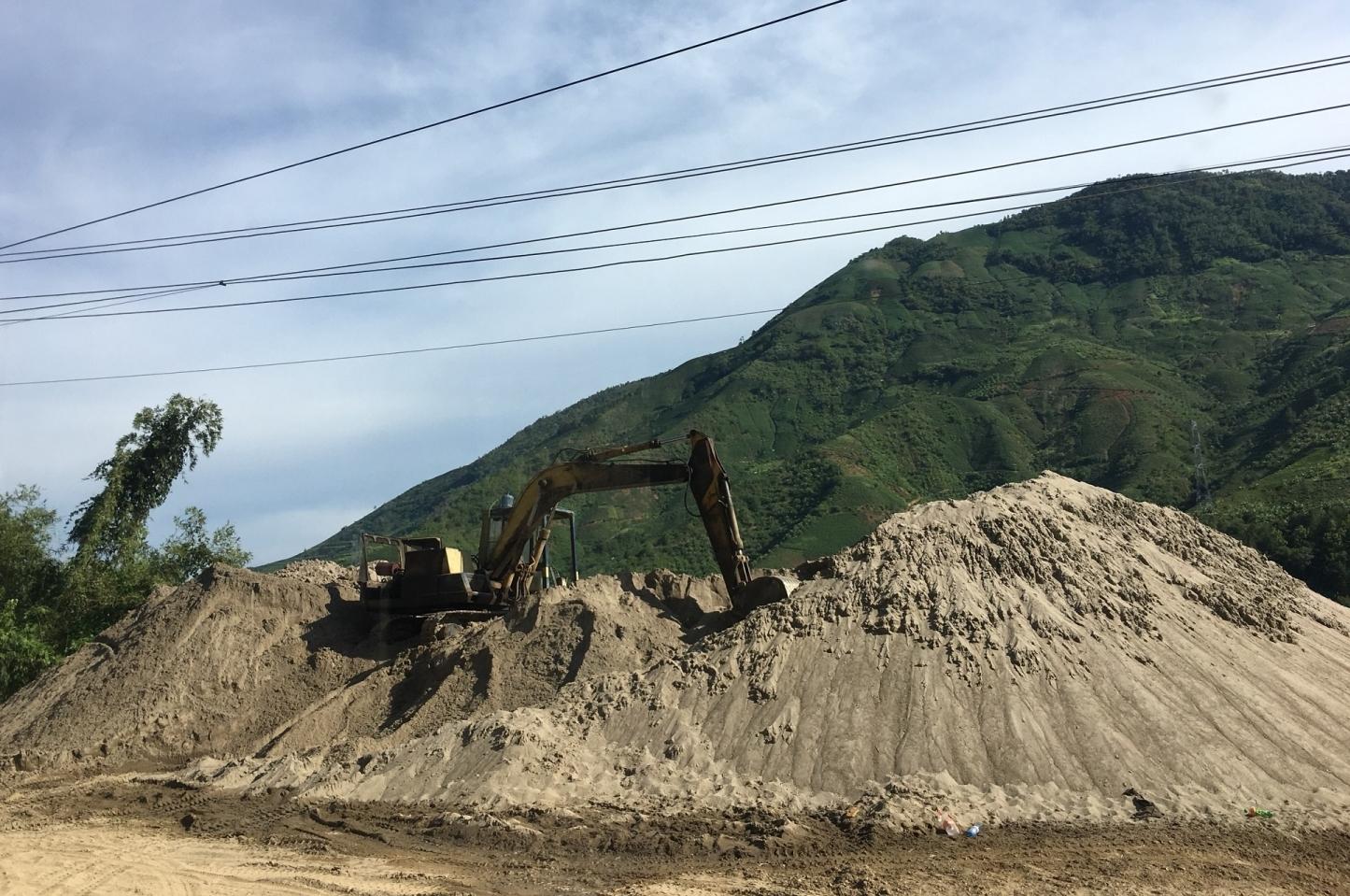 Sơn La: Xử phạt 8 trường hợp vi phạm trong khai thác cát, sỏi