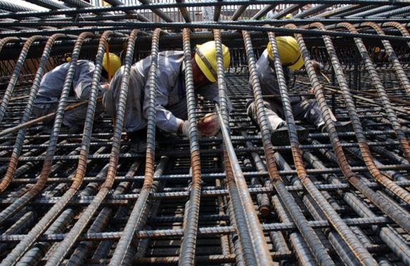 Doanh nghiệp nhà thầu xin tạm dừng thi công chờ bình ổn giá vật liệu xây dựng