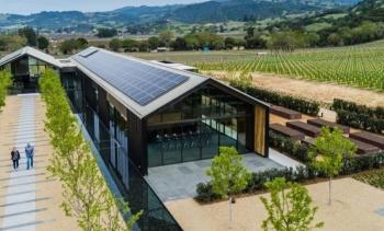 """Silver Oak - Xưởng rượu vang """"xanh"""" nhất thế giới"""