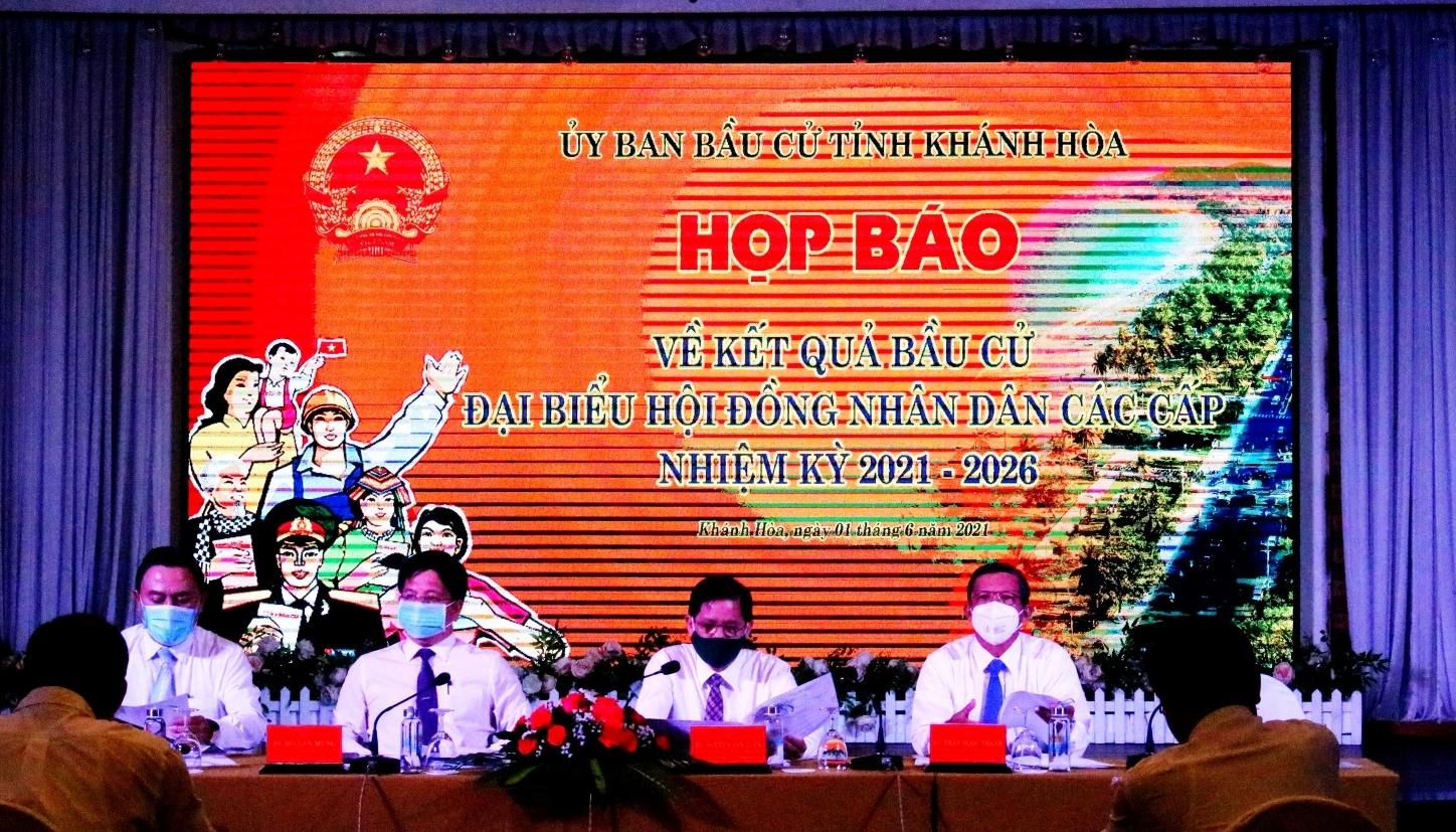 Khánh Hòa: Họp báo công bố kết quả bầu cử
