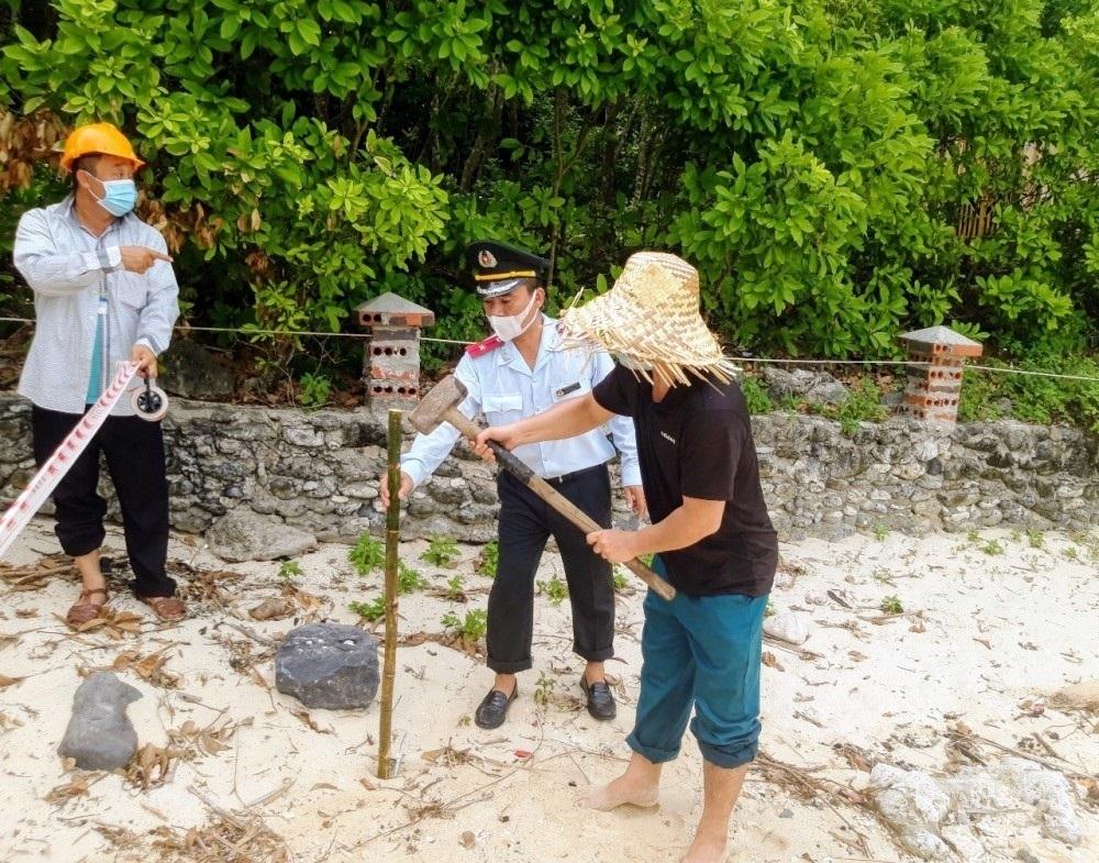 Hải Phòng: Công bố và thi hành Quyết định cưỡng chế công trình xây dựng vi phạm của Công ty Cổ phần Khu du lịch Đảo Cát Bà
