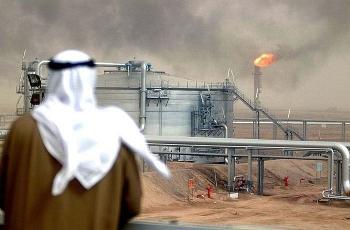 Saudi Aramco cắt giảm nguồn cung
