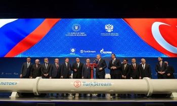 Khí của Gazprom qua Ukraine phụ thuộc TurkStream và Blue Stream
