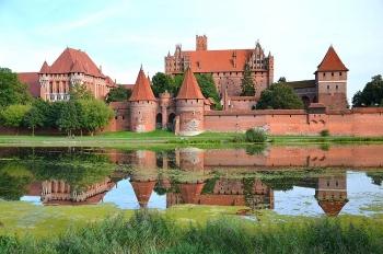 Malbork - Lâu đài bằng gạch lớn nhất thế giới