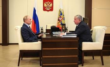 Tổng thống Nga Putin làm việc với người đứng đầu Rosneft