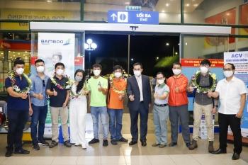 Đoàn khách du lịch đầu tiên đến Quảng Bình sau khi dịch Covid-19 được khống chế