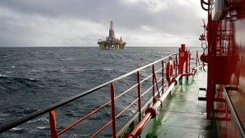 Total bán tài sản ngoài khơi Angola