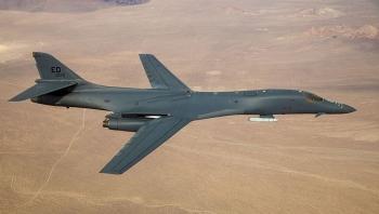 Mỹ điều máy bay ném bom đến Biển Đông