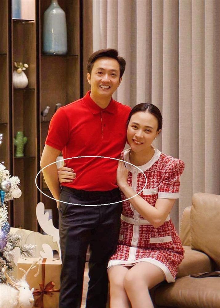 """Quà """"khủng"""" Đàm Thu Trang mua tặng Cường Đô La dịp Noel"""
