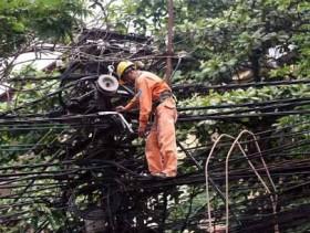 TP HCM: Đẩy nhanh tiến độ ngầm hóa dây điện và cáp viễn thông