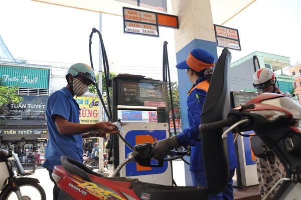 Quảng Ngãi: 100% cửa hàng xăng dầu đã bán E5