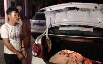 Thuê taxi vận chuyển gần 100kg thuốc nổ đi tiêu thụ