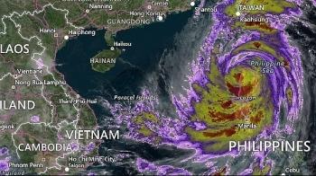 Siêu bão Mangkhut đổ bộ đảo Lu Dông (Philippines), tiến vào Biển Đông