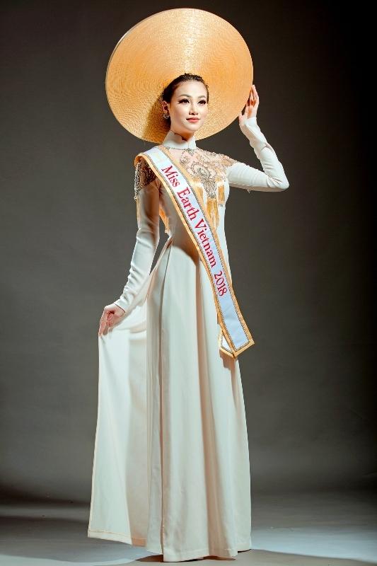 boi long tim vet miss earth phuong khanh thoi san si xau xi