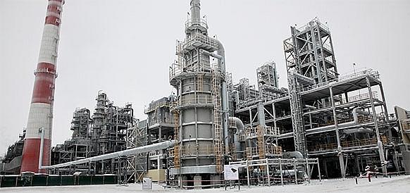 Nga áp dụng hệ thống tự động kiểm soát khí thải trong công nghiệp dầu khí