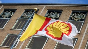 S&P hạ điểm tín nhiệm của Total và Shell