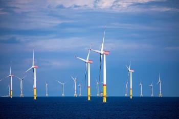 Pháp khởi công xây dựng trang trại điện gió trên biển