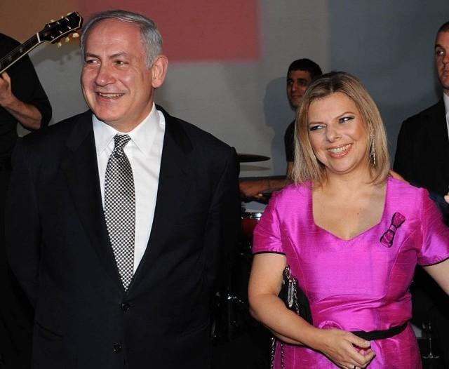 """Thủ tướng Israel sẽ """"ngã ngựa"""" vì... vợ?"""