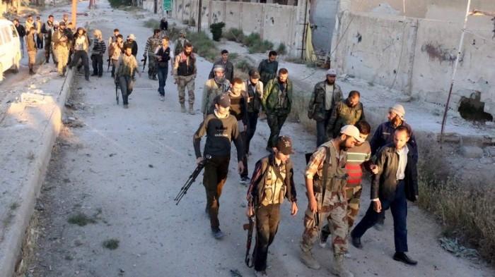 giai cuu hang nghin tu binh o syria