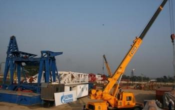 bangladesh cho phep gazprom khai thac 2 mo khi dot