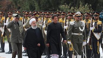 iran va pakistan thanh lap luc luong phan ung nhanh o bien gioi