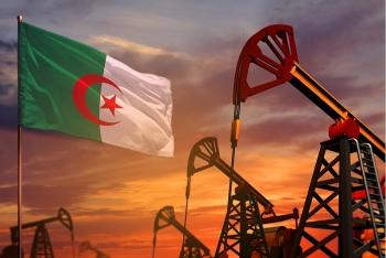 Khủng hoảng giá dầu: Algeria tìm cách chống cự, chưa muốn đi vay nợ nước ngoài