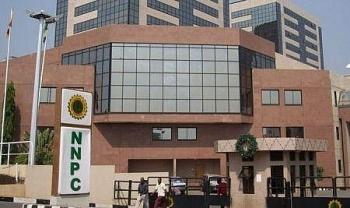 Nigeria mất 2,23 tỷ USD thu nhập từ xuất khẩu dầu và khí đốt