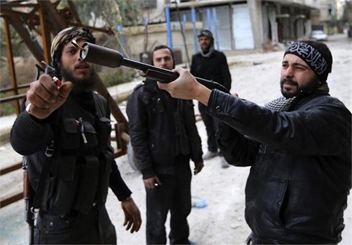 Mỹ đã bí mật trợ giúp quân nổi dậy ở Syria từ lâu