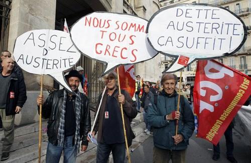 Lo sợ bao trùm đất nước Hy Lạp