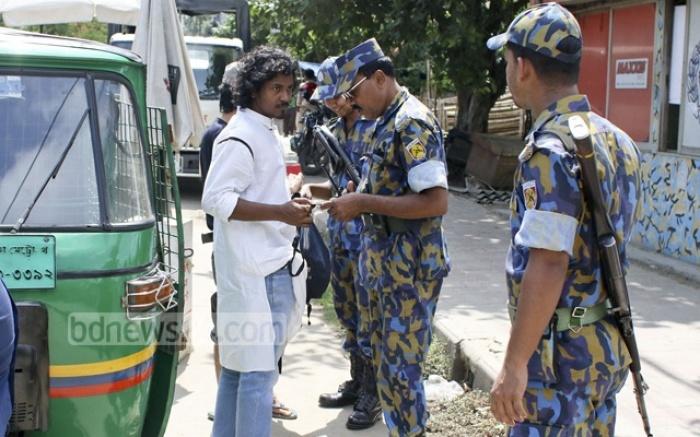 bangladesh bat 10000 nguoi lien quan den khung bo