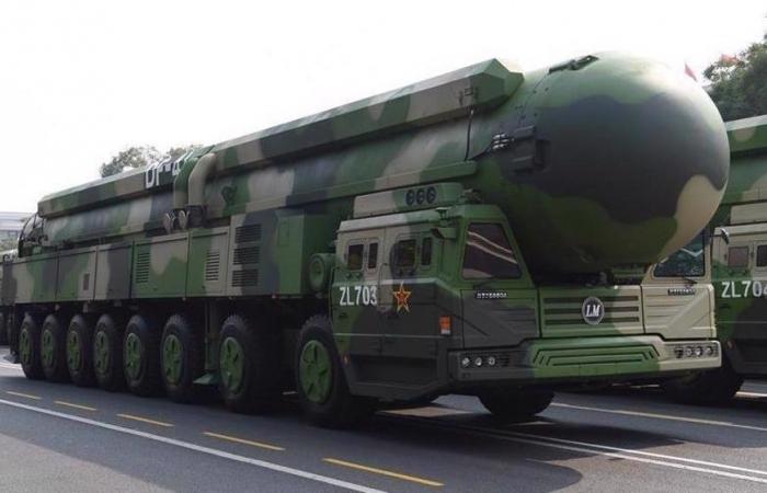 Trung Quốc: Tổng biên tập Hoàn Cầu thời báo kêu gọi chuẩn bị vũ khí hạt nhân chống Mỹ