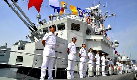 Lực lượng bảo vệ bờ biển Trung Quốc tiến vào Senkaku/Điếu Ngư