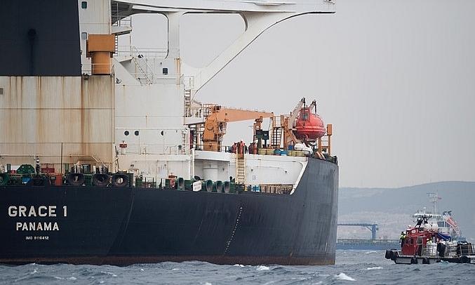 Thuyền trưởng và thuyền phó tàu chở dầu Iran bị bắt ở Gibraltar