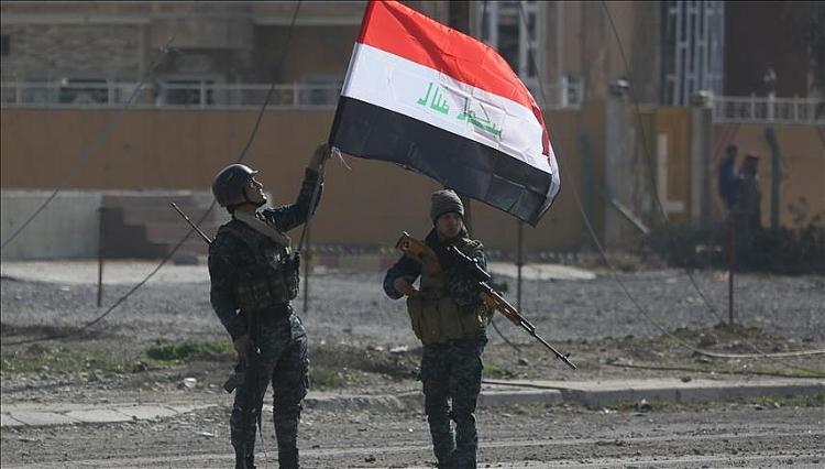 Mỹ mưu tính gì trong vụ ném bom mới nhất vào Syria và Iraq?
