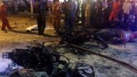 Nổ bom rung chuyển trung tâm Bangkok, 19 người chết